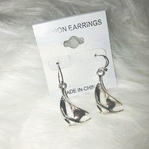 Jewelry - Silver Sailboat Earrings